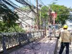 """Hà Nội dọn xong """"mạng nhện"""" cáp trên 114 tuyến phố"""