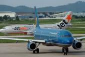 Hơn 20 chuyến bay bị hủy do bão số 3