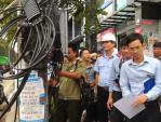 Kiểm tra việc lắp đặt dây, cáp tại quận Hoàn Kiếm trong tháng 9