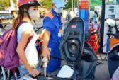 Giá xăng dầu lại có cớ để khó giảm?