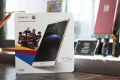Cận cảnh Oppo R7 Plus phiên bản Barcelona tại Việt Nam