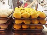 Đi ăn bánh bao kim sa ở khu người Hoa, Quận 5