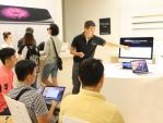 F.Studio by FPT cho khách hàng bảo dưỡng MacBook miễn phí