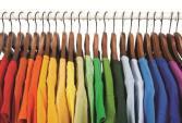Màu sắc trang phục bạn mặc nói lên điều gì?