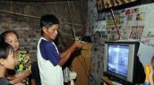 Hộ nghèo ở Bắc Quảng Nam được nhận đầu thu số DVB-T2 trước ngày 30/9