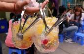 Trái cây xô giá 40.000 đồng ở Sài Gòn thu hút hàng trăm lượt khách mỗi đêm
