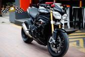 """Nakedbike Triumph Speed Triple độ """"đồ chơi"""" cực chất"""