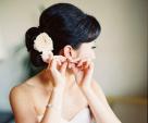 Những kiểu hoa cài tóc cho cô dâu