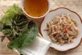 Nem tai chua trộn thính dễ làm ngon cơm cuối tuần