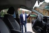Tổng thống Nga đích thân cầm lái để quảng bá Lada Vesta