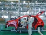 Chính phủ ra kế hoạch tăng tốc phát triển công nghiệp ô tô Việt Nam