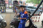 Giá xăng giảm mạnh từ 15 giờ hôm nay