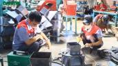 Nông dân xắn tay tự chế tạo máy: Tiến sĩ lý giải