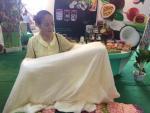 Hà Nội độc nhất thế giới: Vạn con tằm tự dệt chăn tơ