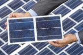 Pháp xây dựng con đường bằng pin mặt trời