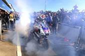 Nhà vô địch MotoGP 2015 nhập viện vì
