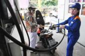 """Giảm giá """"nhỏ giọt"""", DN xăng dầu công bố lãi lớn"""