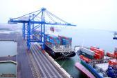 Việt Nam thí điểm dùng định vị GPS quản lí container hàng
