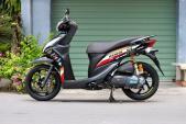 Hai bản độ scooter Honda Vision cá tính của biker Việt