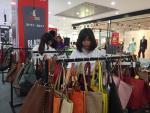 Hàng loạt thương hiệu lớn siêu giảm giá Black Friday
