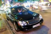 Nhìn lại siêu xe sang Maybach trị giá 25 tỷ trên phố Việt