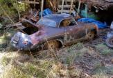 """""""Đống sắt rỉ"""" từ Porsche 356A Speedster giá 3,43 tỷ đồng"""