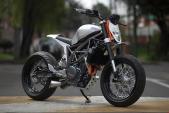 """Độc đáo KTM Duke 390 độ """"lai"""" streetfighter và Motard"""