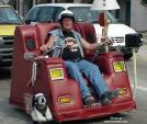 9 chiếc xe tự chế dị nhất thế giới