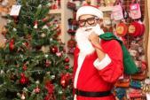 Dịch vụ cho thuê ông già Noel được mùa hét giá