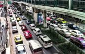 Giá xe ô tô bình dân ở Việt Nam ngang giá xe sang nước ngoài