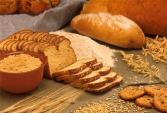 Người bị cao huyết áp và tiểu đường không nên ăn bánh mì