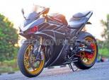 Chiêm ngưỡng Yamaha R25 phong cách siêu môtô