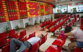 Cổ phiếu lao dốc hơn 7%, chứng khoán Trung Quốc tạm ngừng giao dịch