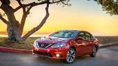 Nissan Sentra 2016 có giá cao hơn 250 USD bản cũ