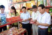 Tăng cường kiểm tra an toàn thực phẩm các mặt hàng phục vụ Tết