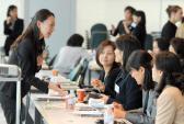 Vì sao Nhật Bản trả lương cho bà nội trợ?