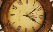 Đồng hồ treo tường ảnh hưởng phong thủy nhà ở thế nào?
