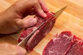 Mẹo đơn giản chọn thịt bò tươi ngon ăn Tết