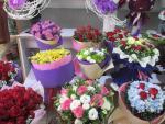 Thị trường quà Valentine 2016: Hoa hồng tăng giá, chocolate