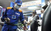 Giá xăng được dự báo sẽ giảm tiếp 500 đồng/lít vào ngày 18/2