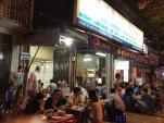 Hàng chân gà nướng được nhiều sao yêu thích ở Sài Gòn