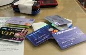 Nhiều chủ thẻ Vietcombank tá hỏa vì bỗng dưng nhận được
