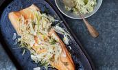 Đổi món với cá hồi nướng kèm salad củ thì là