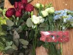 Học cách cắm đĩa hoa cẩm tú cầu thả nến