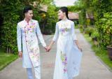 Họa tiết hoa cho áo dài trắng thêm duyên