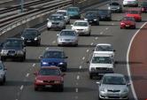 'Khoảng cách vàng'  để an toàn khi lái xe