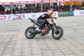 """""""Đấu trường môtô"""" Motul Stunt Fest 2016 tại Hà Nội"""