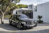 Mercedes E-Class công bố xe thể thao giá rẻ E43 AMG