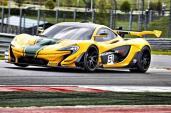 """Siêu xe McLaren P1 GTR """"hút chết"""" trên đường đua"""