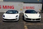 Bộ đôi siêu xe Ferrari-Lamborghini cập cảng Việt Nam